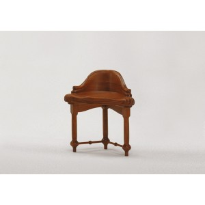 Art Design from Antoni Gaudí - Calvet taburete / stool